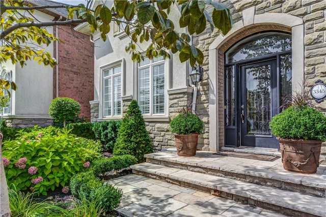 Detached at 3345 Timeless Dr, Oakville, Ontario. Image 12