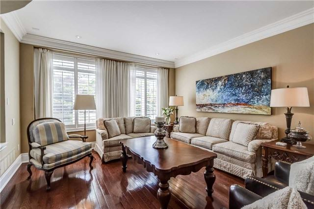 Detached at 3345 Timeless Dr, Oakville, Ontario. Image 15