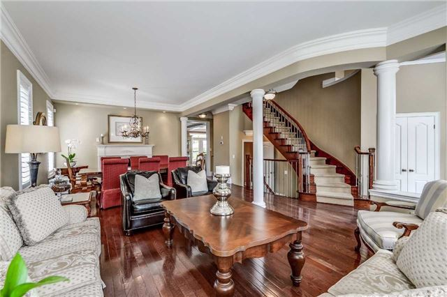 Detached at 3345 Timeless Dr, Oakville, Ontario. Image 16