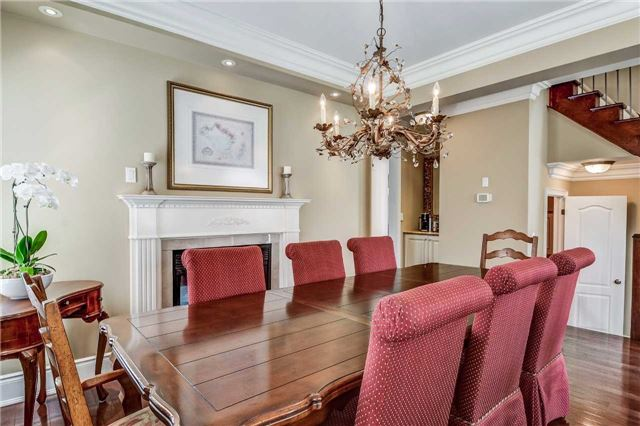 Detached at 3345 Timeless Dr, Oakville, Ontario. Image 18