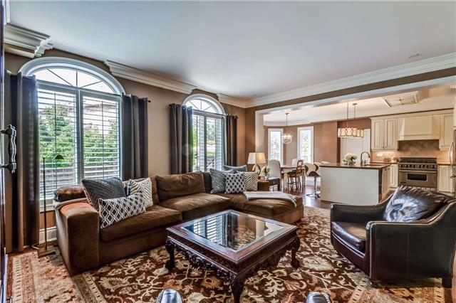 Detached at 3345 Timeless Dr, Oakville, Ontario. Image 2