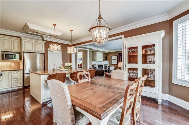 Detached at 3345 Timeless Dr, Oakville, Ontario. Image 6