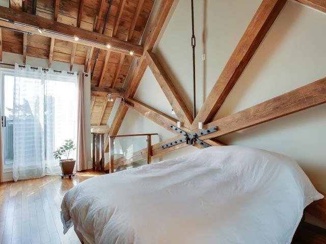 Condo Apartment at 384 Sunnyside Ave, Unit 309, Toronto, Ontario. Image 3