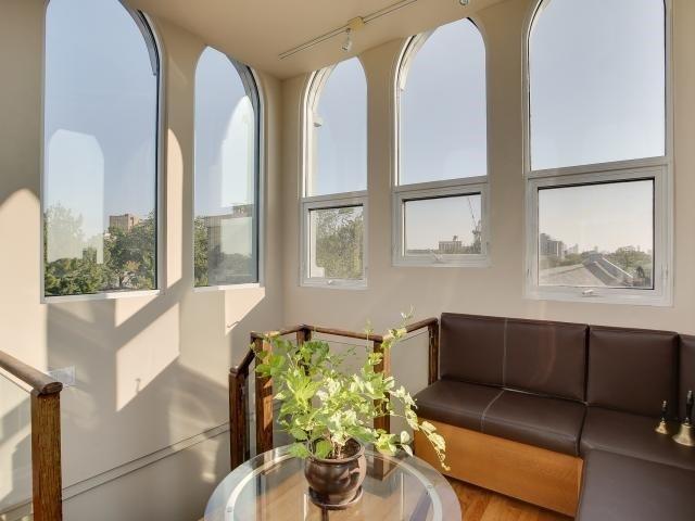 Condo Apartment at 384 Sunnyside Ave, Unit 309, Toronto, Ontario. Image 9