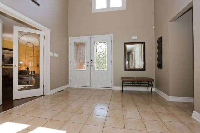 Detached at 5272 Champlain Tr, Mississauga, Ontario. Image 11