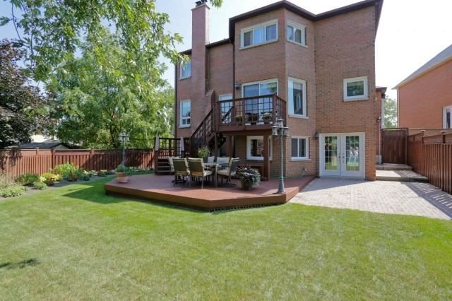 Detached at 5272 Champlain Tr, Mississauga, Ontario. Image 8