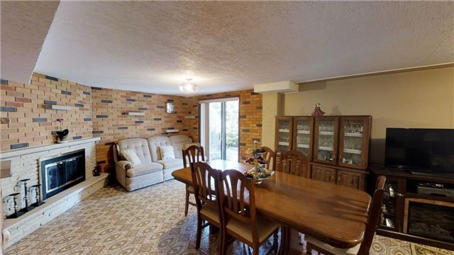 Semi-detached at 63 Songwood Dr, Toronto, Ontario. Image 4