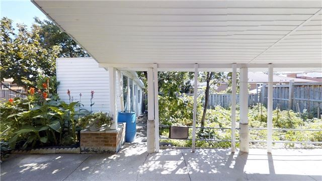 Semi-detached at 63 Songwood Dr, Toronto, Ontario. Image 5