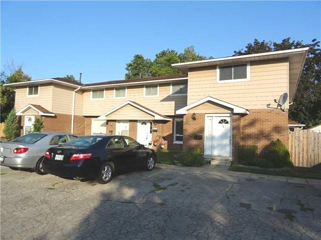 Condo Townhouse at 2377 Industrial St, Burlington, Ontario. Image 1