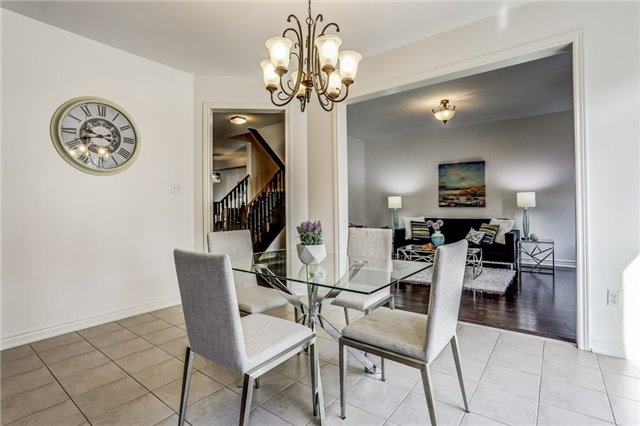 Detached at 259 Dalgleish Gdns, Milton, Ontario. Image 2