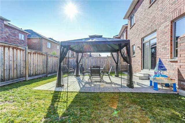 Detached at 259 Dalgleish Gdns, Milton, Ontario. Image 13