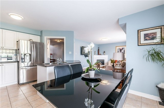Detached at 101 Queen Mary Dr, Brampton, Ontario. Image 19