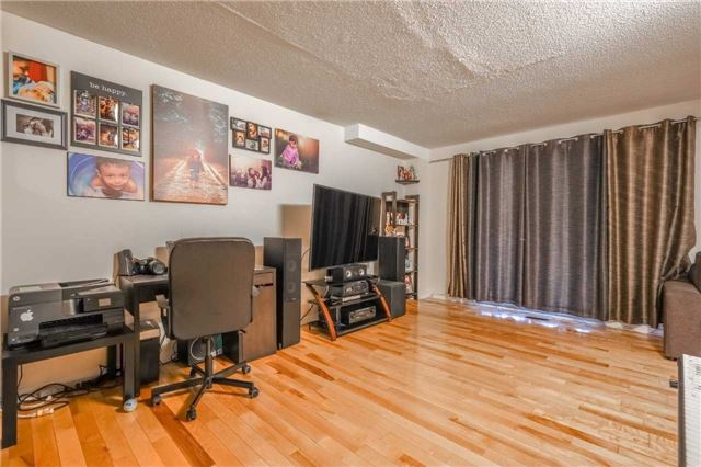 Detached at 7120 Dalewood Dr, Mississauga, Ontario. Image 13