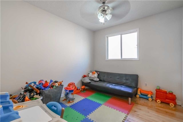 Detached at 7120 Dalewood Dr, Mississauga, Ontario. Image 2