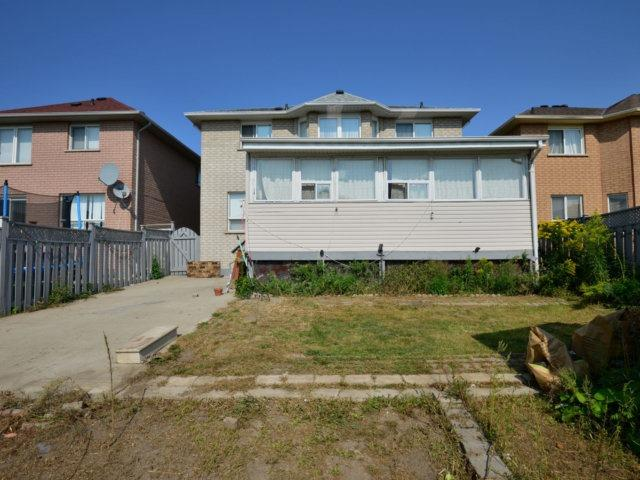 Detached at 52 Springtown Tr, Brampton, Ontario. Image 11