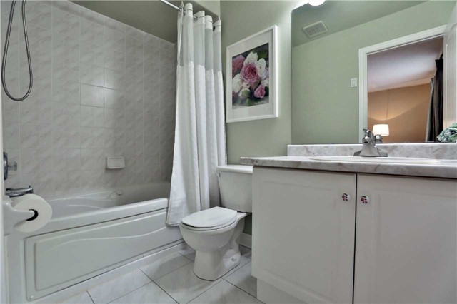 Semi-detached at 6941 Haines Artist Way, Mississauga, Ontario. Image 3