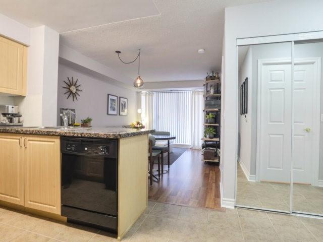 Condo Apartment at 5 Michael Power Pl, Unit 1605, Toronto, Ontario. Image 12