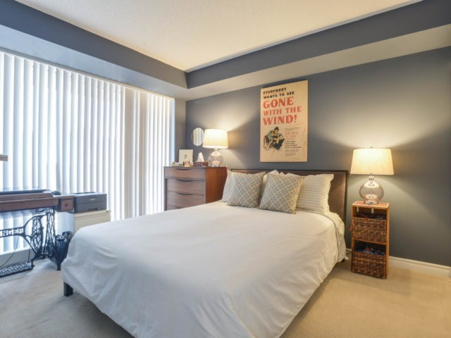 Condo Apartment at 5 Michael Power Pl, Unit 1605, Toronto, Ontario. Image 19