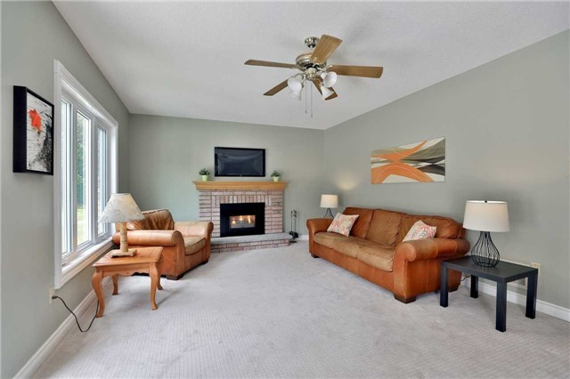 Detached at 5819 Riverside Pl, Mississauga, Ontario. Image 16