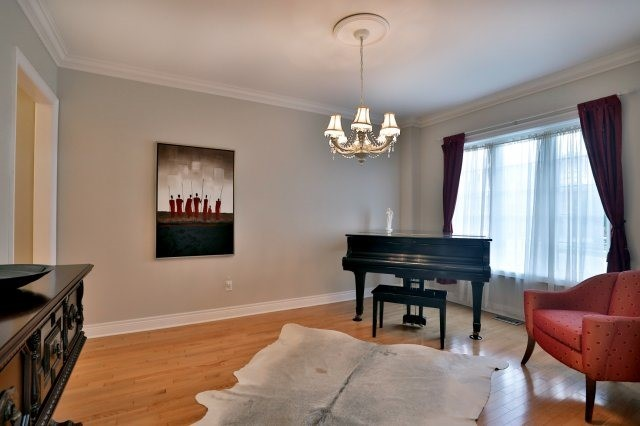 Detached at 2324 Coronation Dr, Oakville, Ontario. Image 14