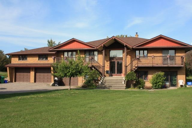 Detached at 13413 Centreville Creek Rd, Caledon, Ontario. Image 1