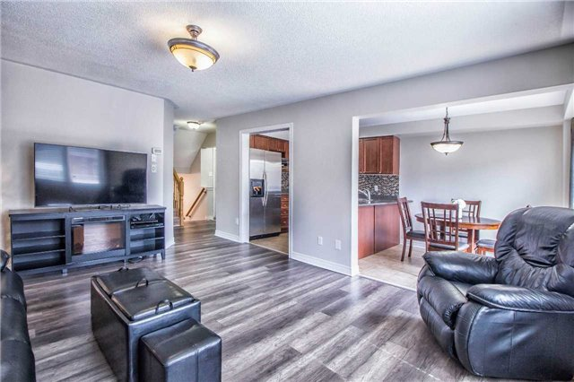 Townhouse at 3097 Highbourne Cres, Oakville, Ontario. Image 12