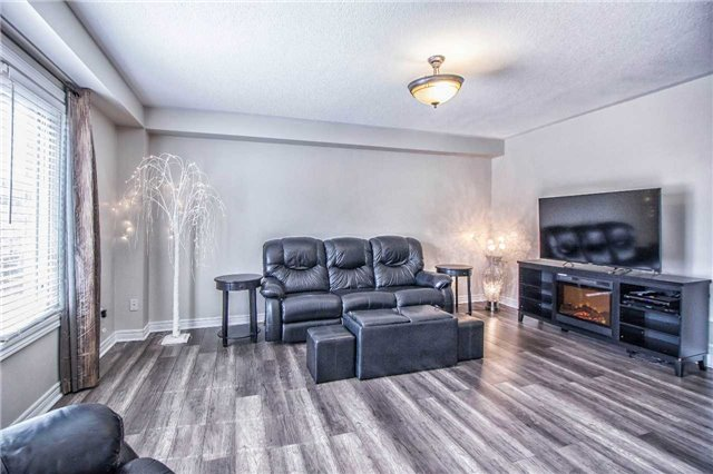 Townhouse at 3097 Highbourne Cres, Oakville, Ontario. Image 14