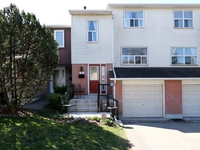 Condo Townhouse at 1050 Shawnmarr Rd, Unit 8, Mississauga, Ontario. Image 1