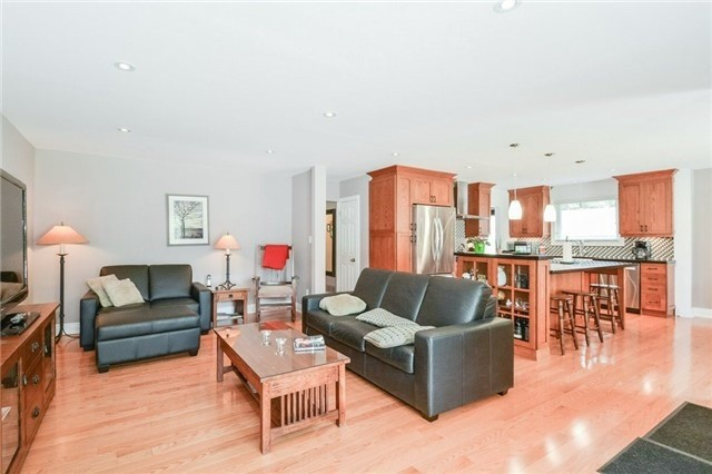 Detached at 1291 Tredmore Dr, Mississauga, Ontario. Image 14