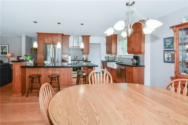 Detached at 1291 Tredmore Dr, Mississauga, Ontario. Image 16