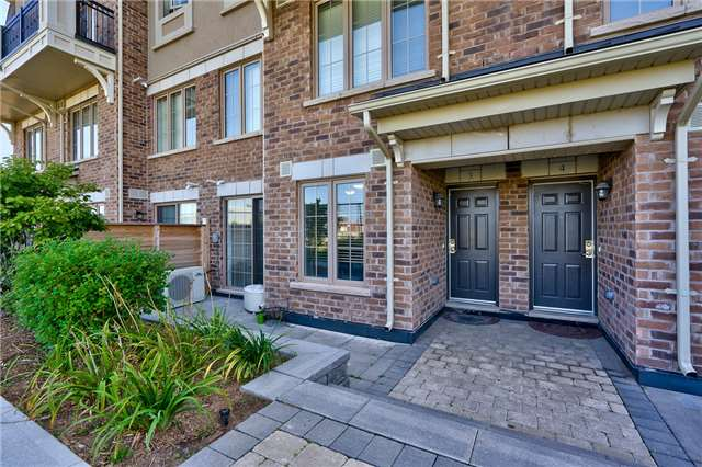 Condo Townhouse at 2441 Greenwich Dr, Unit 3, Oakville, Ontario. Image 12
