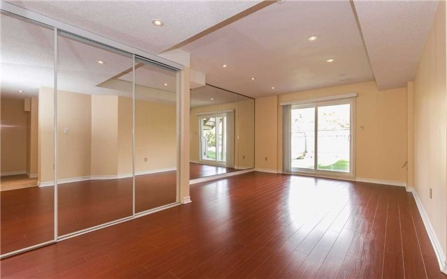Detached at 4782 Crystal Rose Dr, Mississauga, Ontario. Image 11