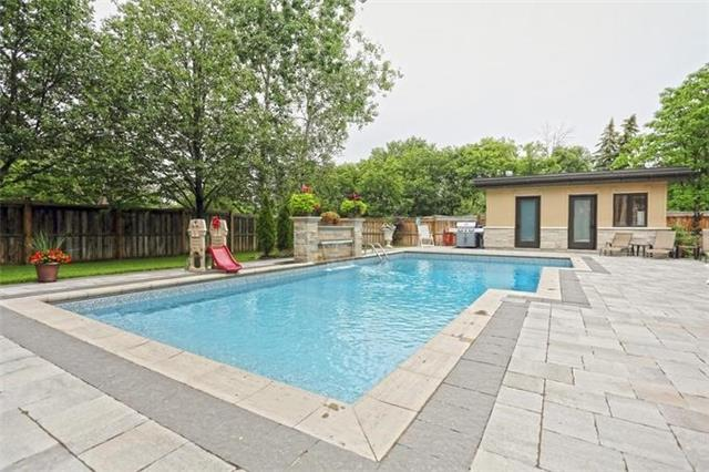 Detached at 1689 Carolyn Rd, Mississauga, Ontario. Image 11