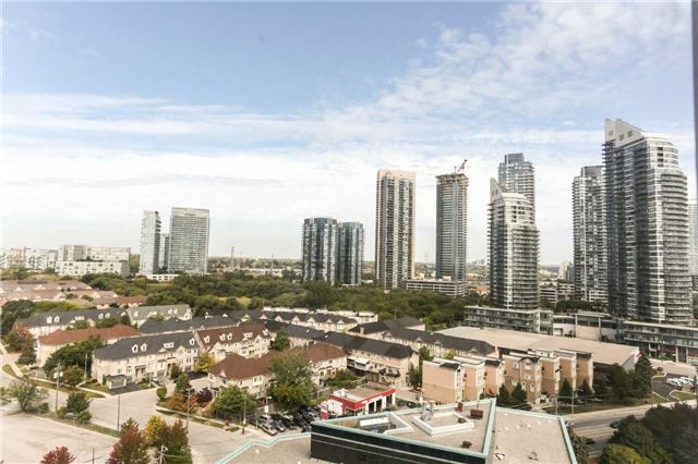 Condo Apartment at 2285 Lake Shore Blvd, Unit 1410, Toronto, Ontario. Image 17