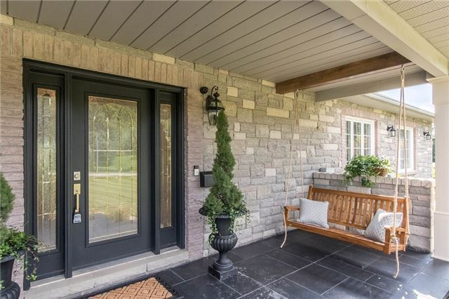 Detached at 8 High Forest Crt, Caledon, Ontario. Image 12