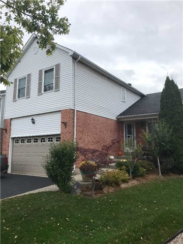 Detached at 1040 Bridlewood Tr, Oakville, Ontario. Image 1
