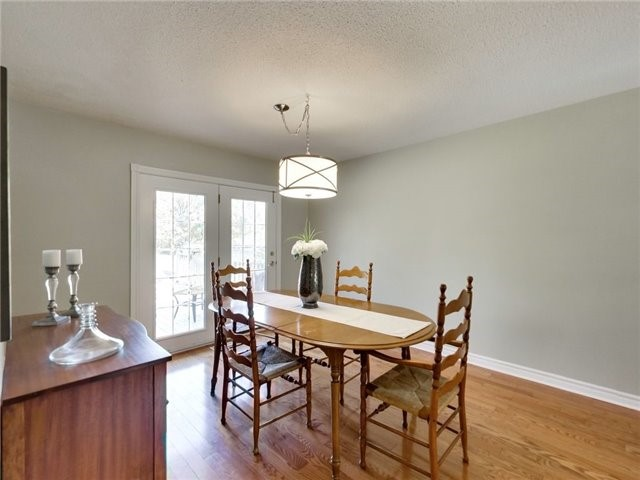 Detached at 1040 Bridlewood Tr, Oakville, Ontario. Image 15