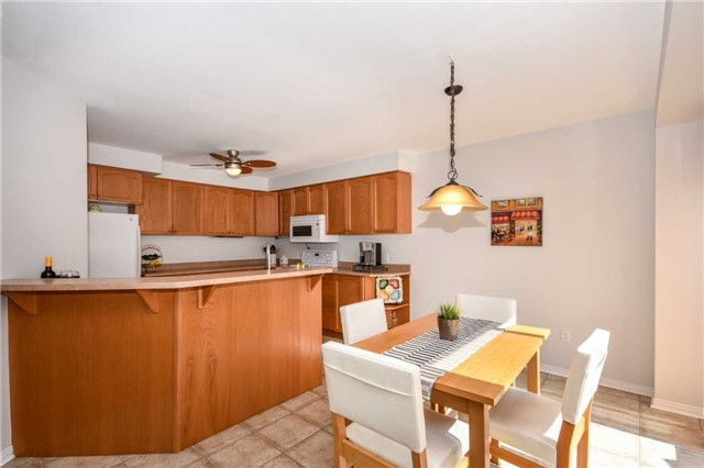 Detached at 10 Tanners Dr, Halton Hills, Ontario. Image 20