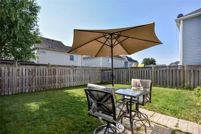 Detached at 10 Tanners Dr, Halton Hills, Ontario. Image 8