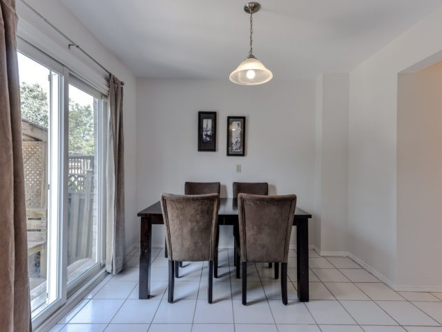 Link at 1306 Valerie Cres, Oakville, Ontario. Image 11
