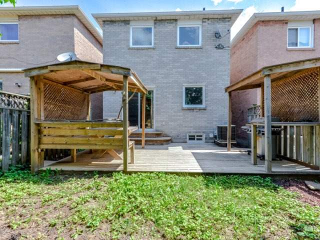 Link at 1306 Valerie Cres, Oakville, Ontario. Image 7