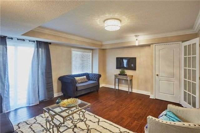 Townhouse at 723 Candlestick Circ, Mississauga, Ontario. Image 14