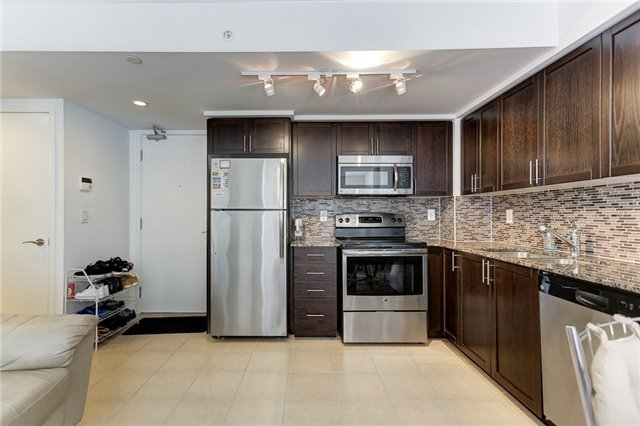 Condo Apartment at 830 Lawrence Ave W, Unit 635, Toronto, Ontario. Image 20