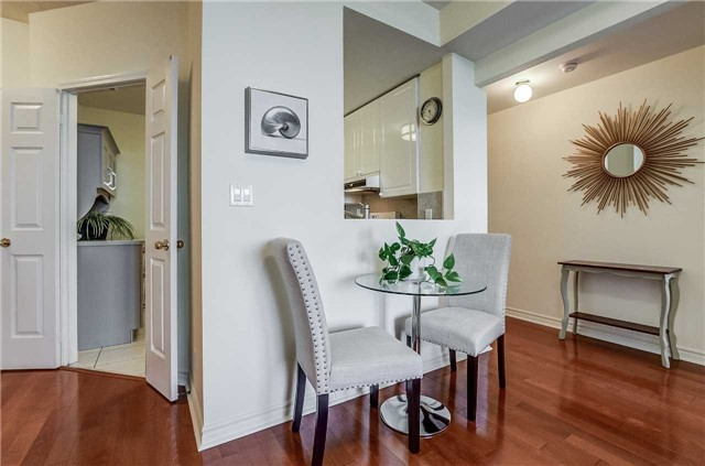 Condo Apartment at 935 Royal York Rd, Unit 505, Toronto, Ontario. Image 19