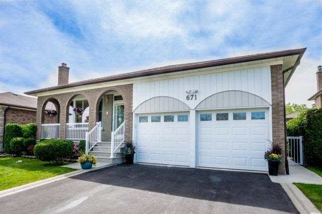 Detached at 671 Eversley Dr, Mississauga, Ontario. Image 1