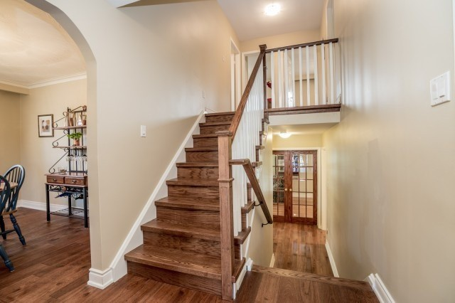 Detached at 671 Eversley Dr, Mississauga, Ontario. Image 18