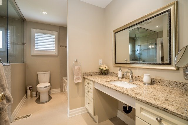 Detached at 671 Eversley Dr, Mississauga, Ontario. Image 19