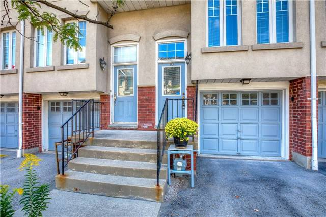 Condo Townhouse at 840 Dundas St W, Unit 10, Mississauga, Ontario. Image 12