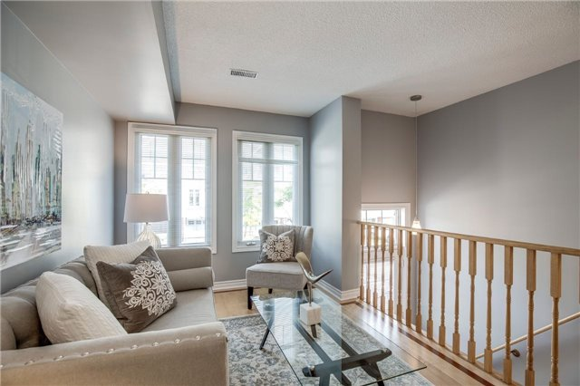 Condo Townhouse at 840 Dundas St W, Unit 10, Mississauga, Ontario. Image 15