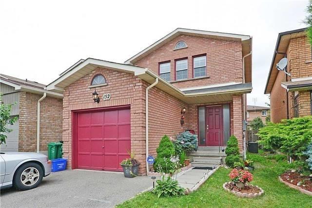 Detached at 152 Dumfries Ave, Brampton, Ontario. Image 1